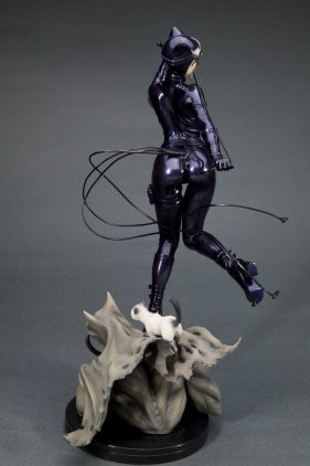 catwoman_back2