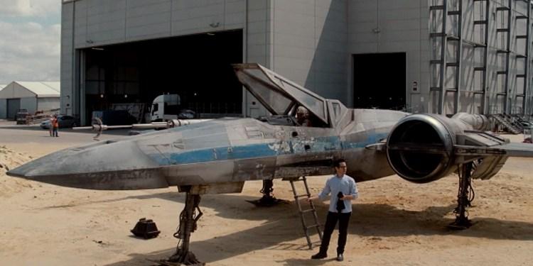 StarWars_VII_X-Wing