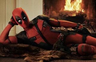 Ryan-Reynolds-Official-Deadpool-Costume