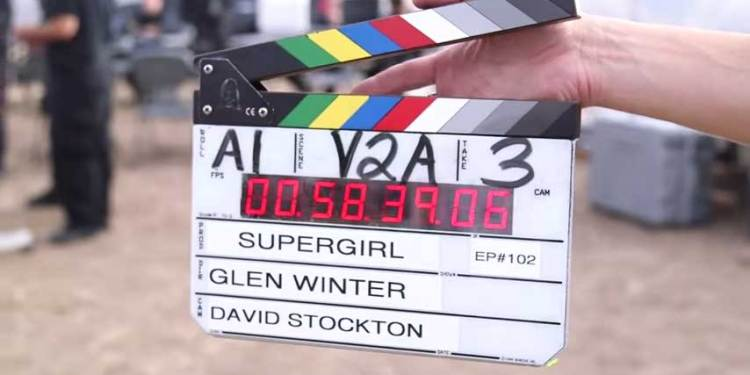 supergirlclapper