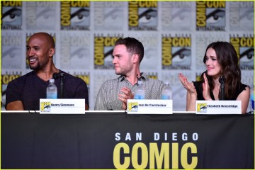 agents-of-shield-introduce-new-character-at-comic-con-07