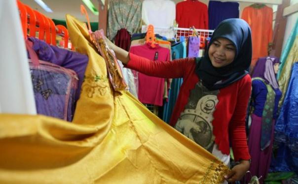 Membumikan Ekonomi Syariah di Indonesia