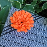 Fringed Flower Gift&nbsp;Topper