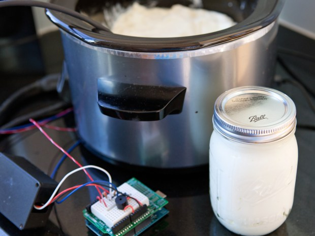 Yobot: Arduino Yogurt Maker
