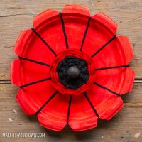 Paper Plate Woven Poppies
