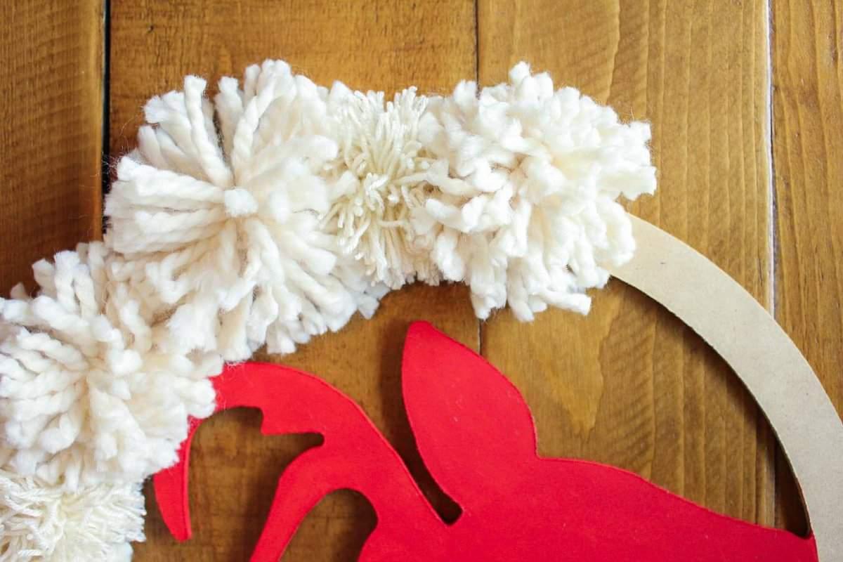 Super Easy Diy Christmas Wreath Tutorial With Pom Poms