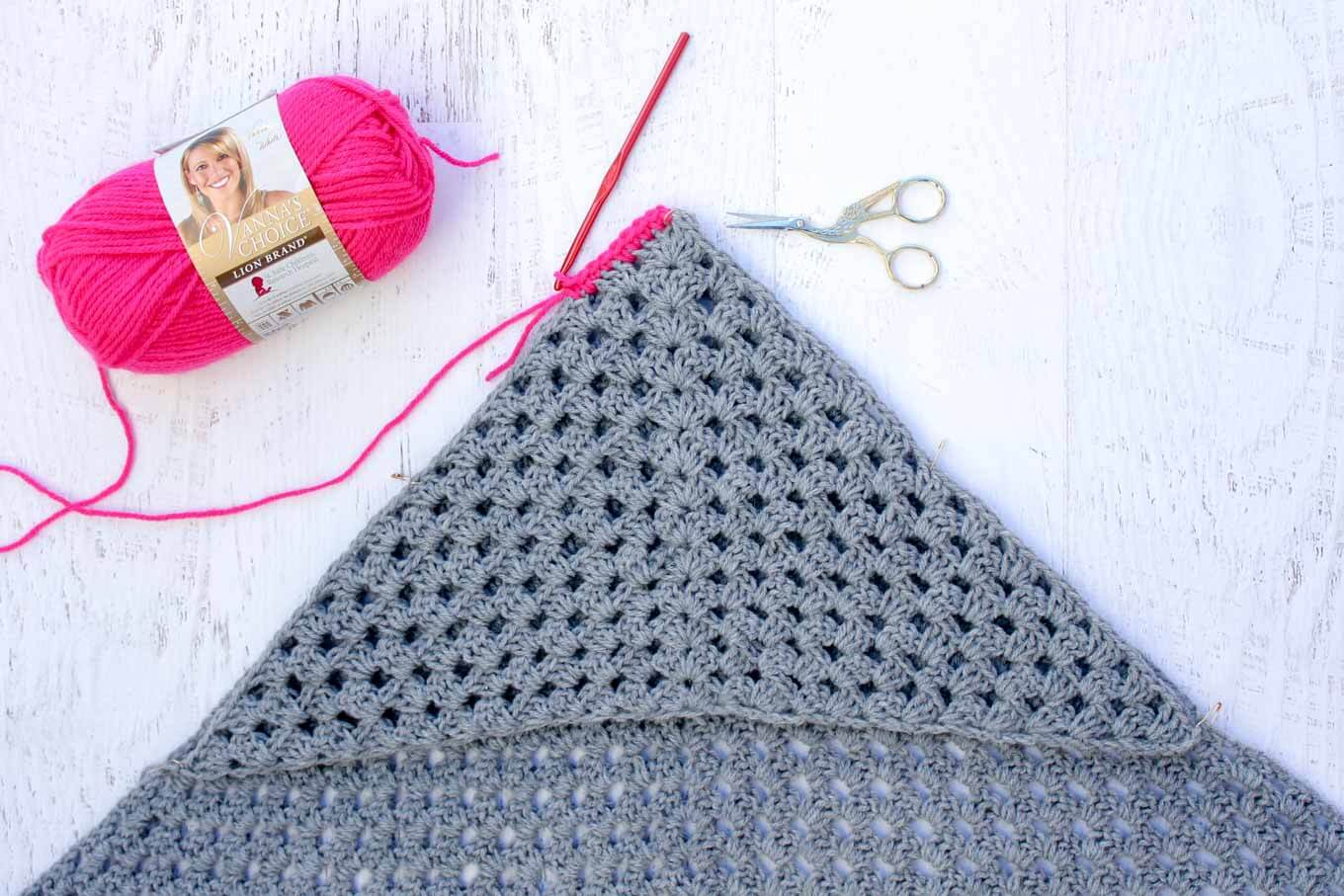 Baby Car Seat Blanket Free Pattern Modern Crochet Hooded Baby Blanket Free Pattern For Charity