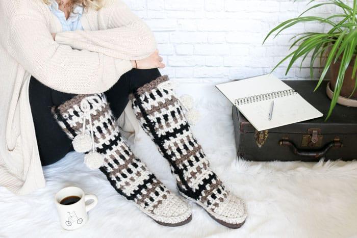 Amazing Taos Crochet Mukluks Free Crochet Slipper Boot Pattern W