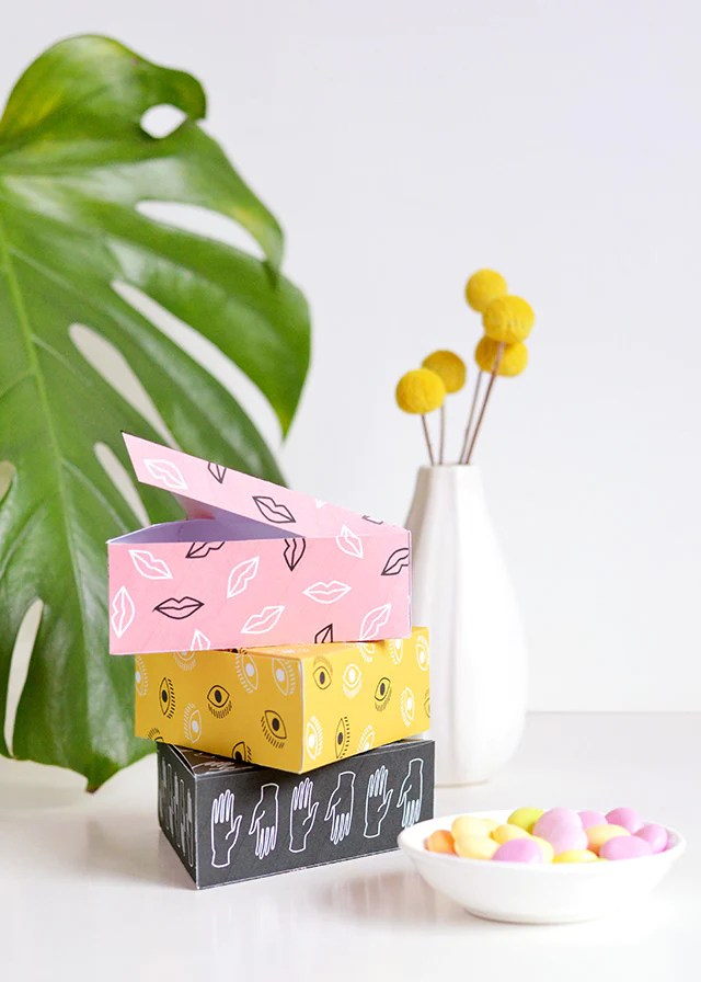 DIY eye, lips and hand gift boxes