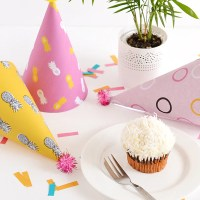 The blog turns 2 and printable pineapple party hats!