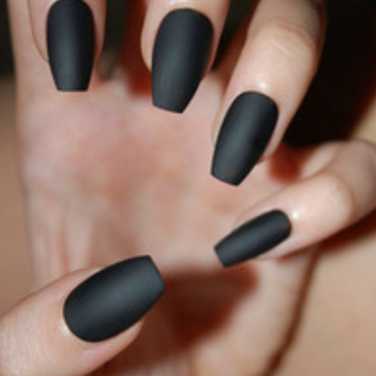Nail Trends: Coffin Nails