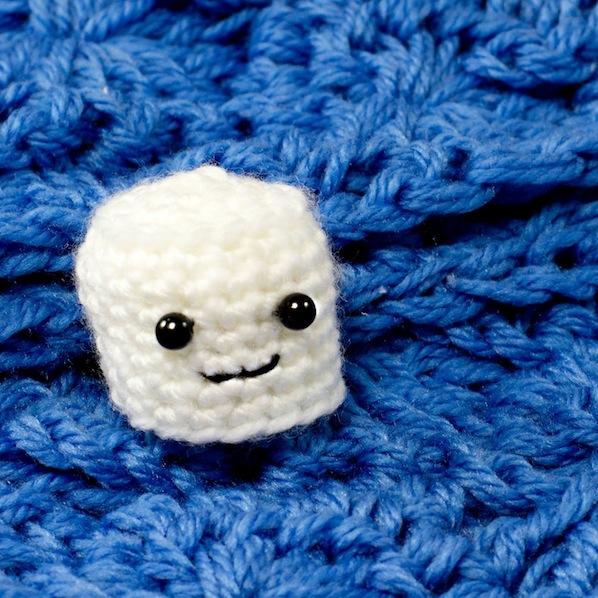fewofmyfavthings95_amigurumi_marshmallow