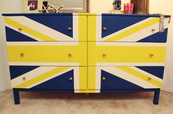 union jack dresser-1