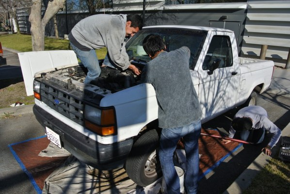 High School students convert truck completely electric.