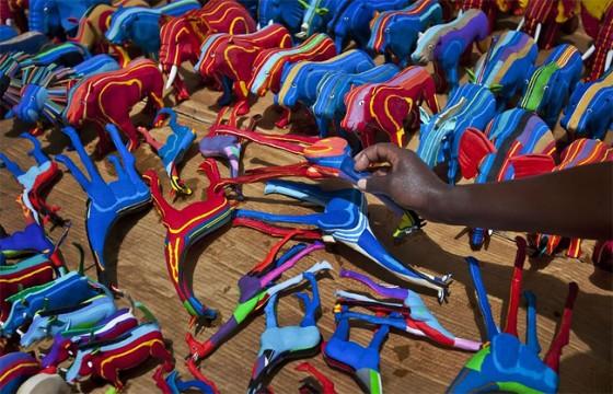kenyan-flip-flop-toys-2