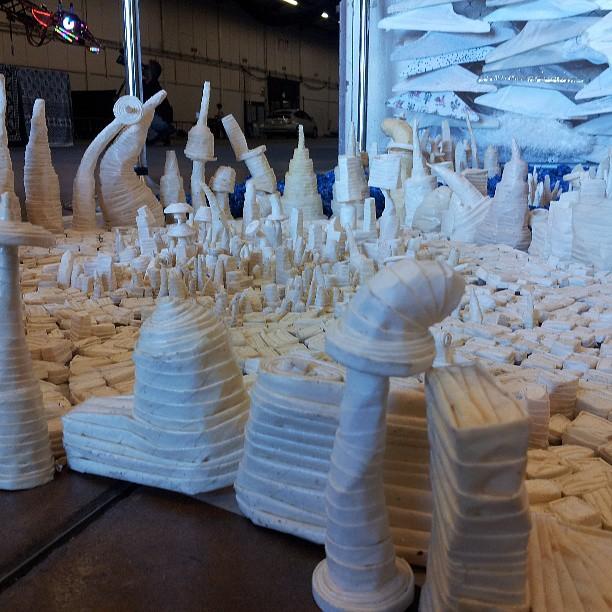 Tapigami = tape origami.