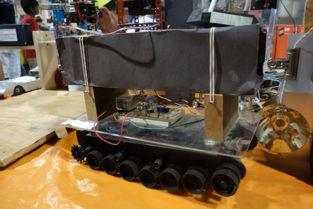 """This """"Light Tank Robot"""" reminded me of a crafty and scrappy Jawas Sandcrawler."""