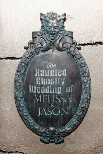 haunted-mansion-wedding-2