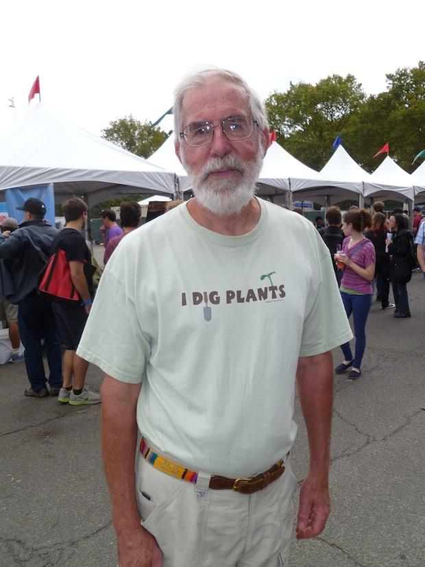 I dig plants.