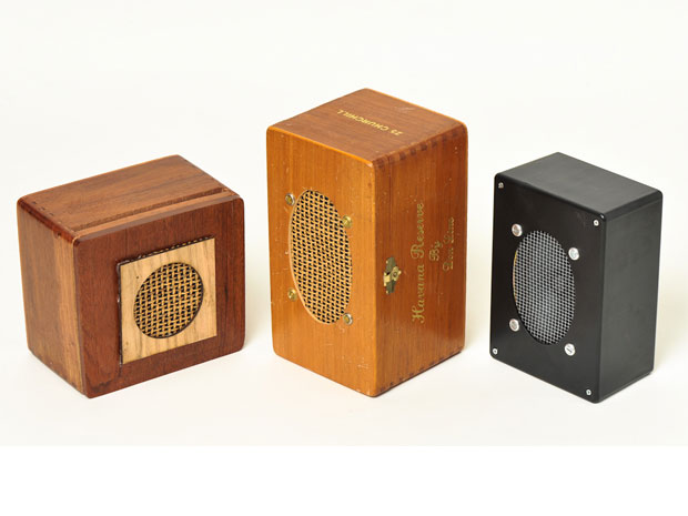 Customize your own MonoBox Powered Speaker.