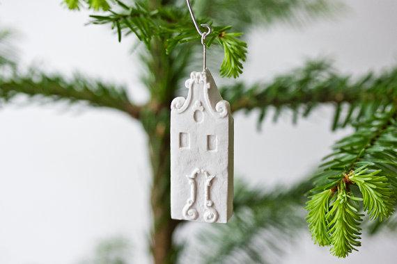 amsterdam-house-ornament