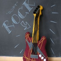 CRAFT_soft_rock_guitar_plushie_final
