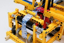Fantastically Functional Lego Mechanical Loom