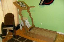 Extreme Cardboarding: Cardboard Treadmill Workout