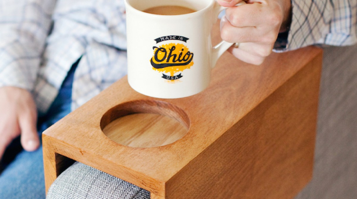 Sofa hack wooden armrest table with built in cup holder