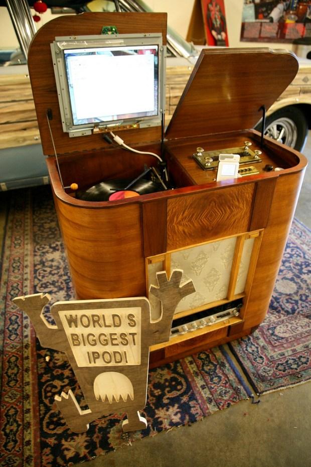 Mister Jalopy's iPod.