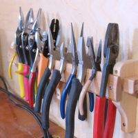 pliers_holder
