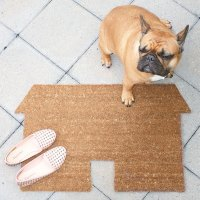 Front Door Decor: DIY House-Shaped Doormat