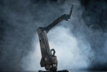 $2,000 Robot Arm Kit Offers Trainability, Ultra High Precision
