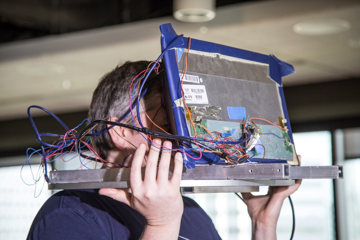 The Susan - One of VALVE's first VR prototypes. Photo by Make: Magazine.