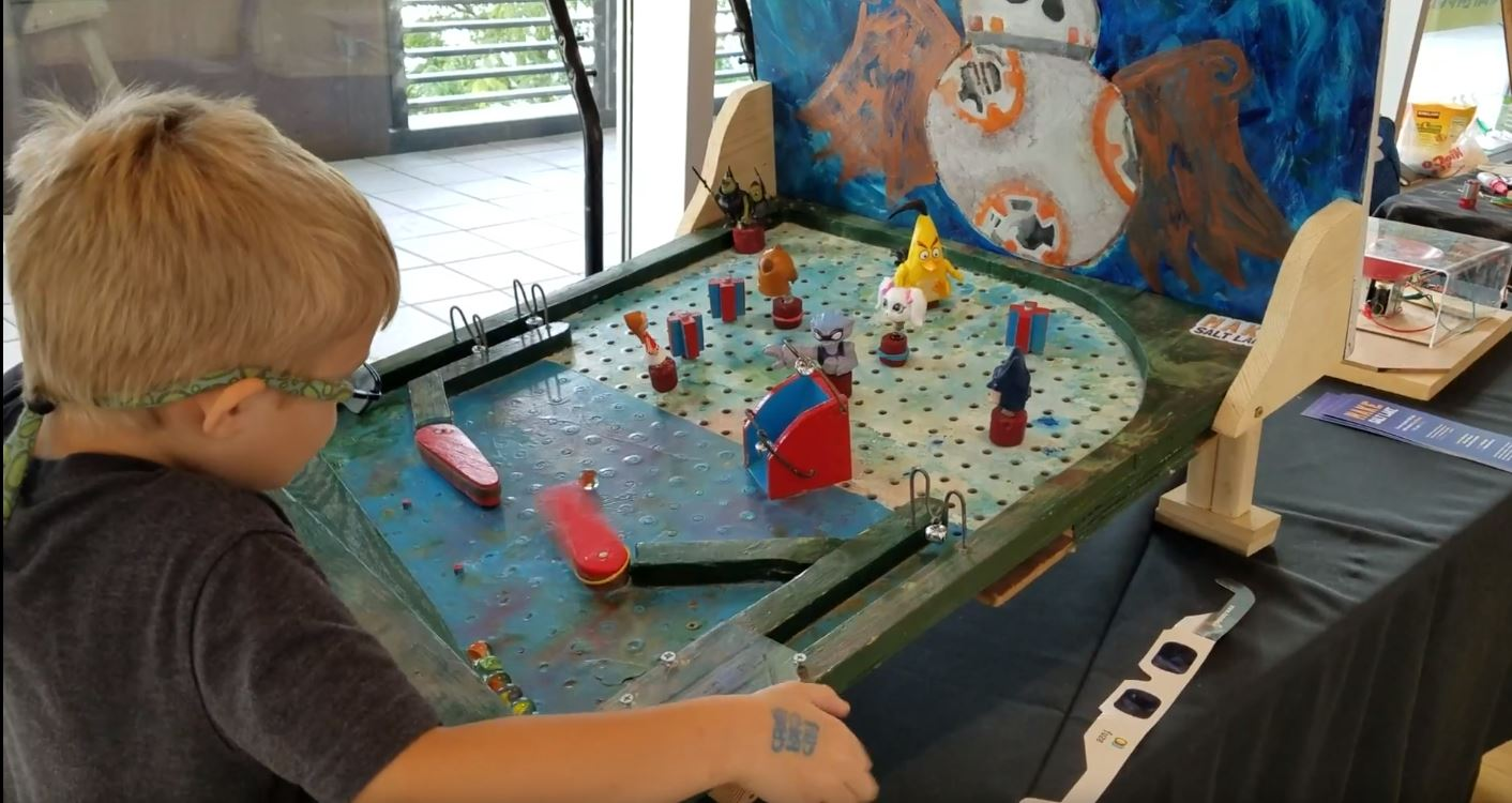 Gfk Pool Duisburg Use Peg Board And Rubber Bands To Make Your Own Pinball Machine