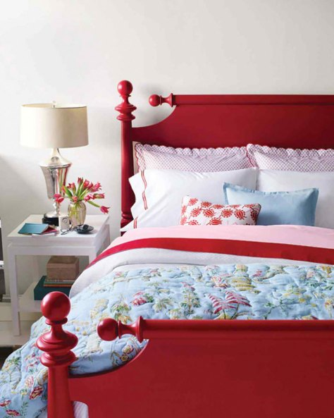 Red Painted Colonial Cannonball Wooden Bed