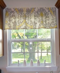 Quick and Easy Window Valance