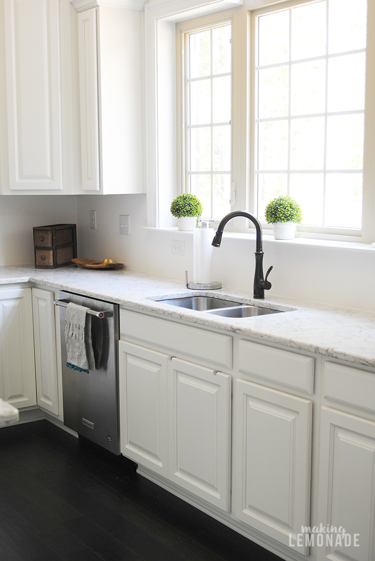 How To Update Kitchen Cabinets An Easy Kitchen Update That Makes A Huge Difference Making Lemonade