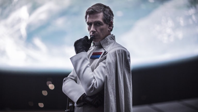 Rogue One: A Star Wars Story Director Krennic (Ben Mendelsohn) Ph: Jonathan Olley �Lucasfilm LFL 2016.