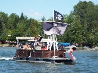 shiver me timbers - a Pirate boat