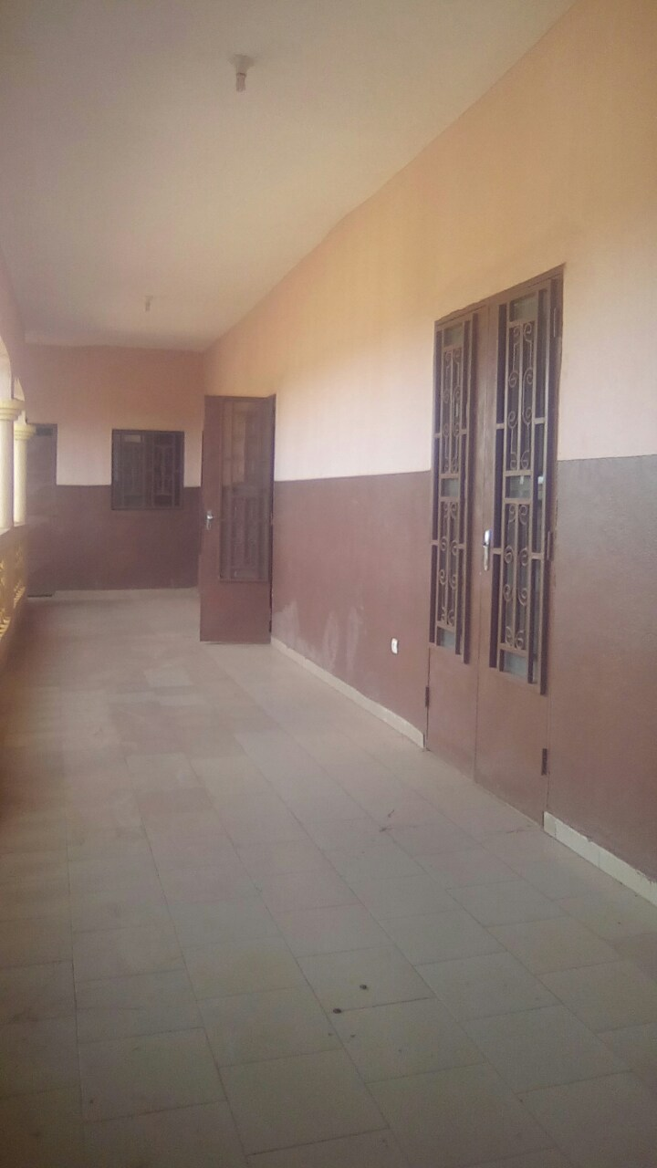 Meuble De Salon Bamako Location Appartements Niamacoro Niamacoro Tdi706 A Louer