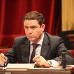El Parlament acuerda iniciar acciones judiciales contra las prospecciones cuando legalmente proceda