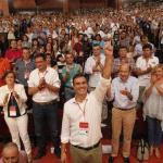Pedro Sánchez, puño en alto, proclamado Secretario General del PSOE