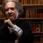 Piglia honrado al recibir Formentor, premio atento a la renovación literaria