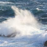 Mallorca sigue en alerta máxima por viento y fuerte oleaje