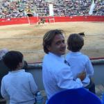 Jorge Campos reta a Cort a impedir que sus hijos vean los toros