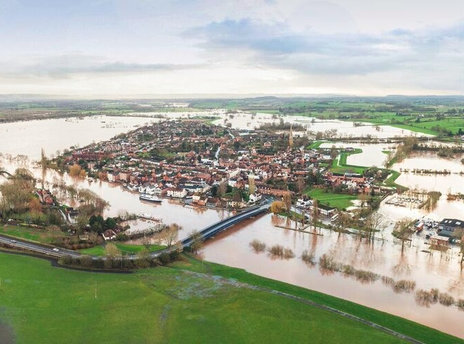 Online Recruitment Incredible Image Shows Upton As An 'island' Of Flood-hit