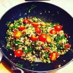 Marokkanischer warmer Grünkohl-Quinoasalat (vegan)