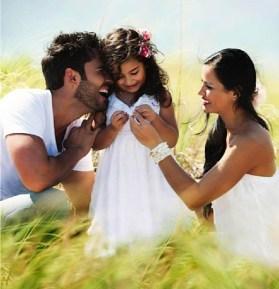 Fabian Rios hija y esposa