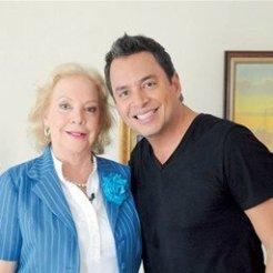 Daniel Sarcos y su mamá, Aída